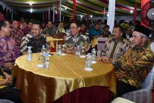 Wakili Bupati Bengkalis, Asisten II Hadiri Malam Seni Budaya di Gubernuran Riau Pekanbaru