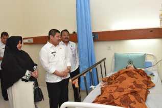 Ibunda Ketua Komisi IV DPRD Bengkalis Berpulang ke Rahmatullah, Bupati Amril Sampaikan Belasungkawa