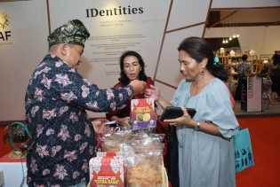 Empat Hari Inacraft Berlangsung, Produk Unggulan Kabupaten Bengkalis Hampir Habis Terjual