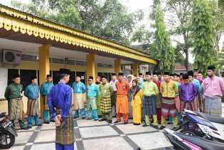 Mulai Senin Depan, Pegawai di Bengkalis Kenakan Pakaian Melayu Riau