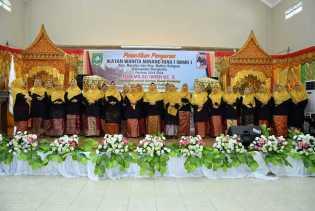 Lagu Minangkabau dan Lancang Kuning Meriahkan Pelantikan IWMR Mandau dan Bathin Solapan 2019-2024