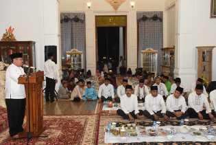 Sambut Ramadhan, Bupati Bengkalis Gelar Kenduri di Kediaman Wisma Sri Mahkota
