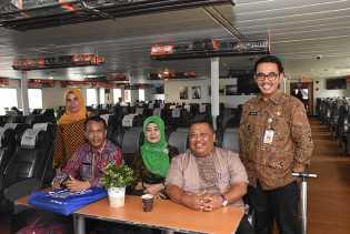 Usai di Banten, Kadis Sosial dan Rombongan Lanjut Serahkan Bantuan ke Lampung