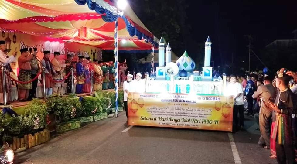 Pemenang Pawai Takbir Diumumkan, Masjid dan Mushala Kelapapati Raih Terbaik I