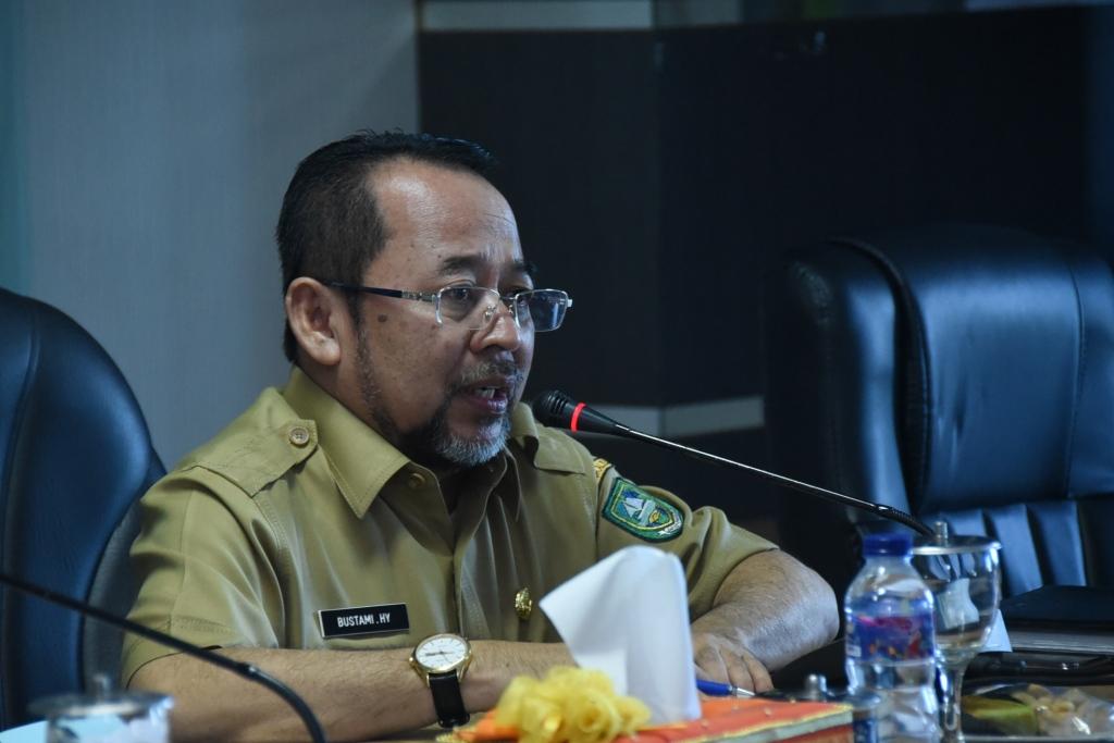 Sekda Bengkalis Pimpin Rapat Staf