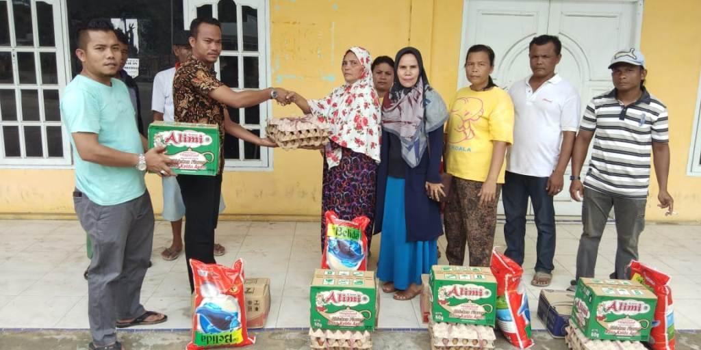 Warga Desa Bumbung Terdampak Banjir Terima Bantuan Dari Pemkab Bengkalis