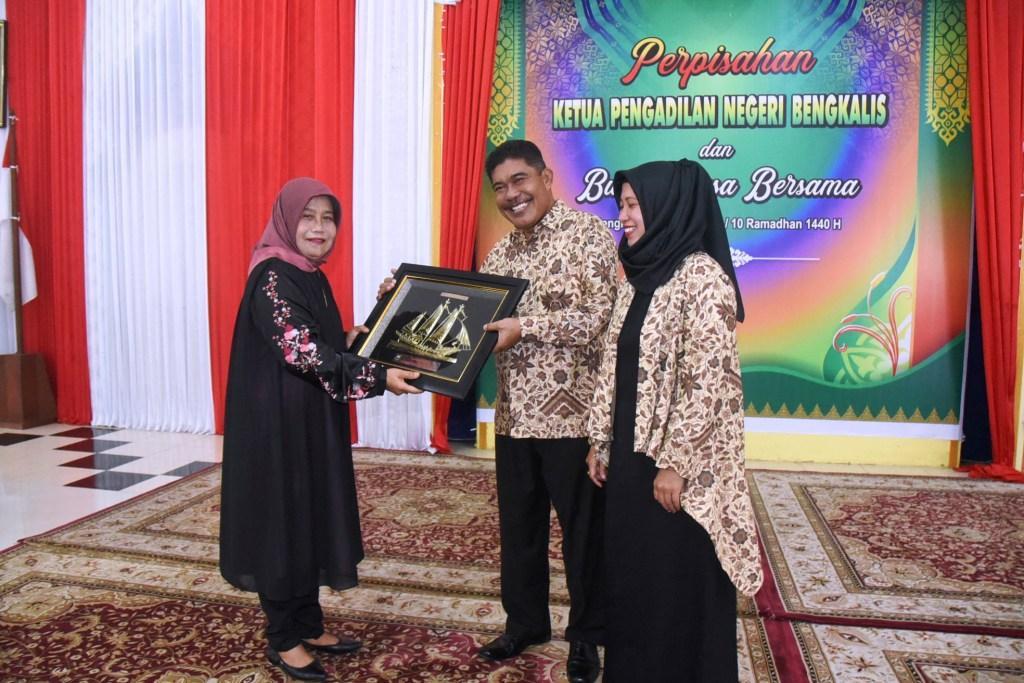 Ketua PN Pindah Tugas, Pemkab Bengkalis Gelar Perpisahan Sekaligus Buka Bersama