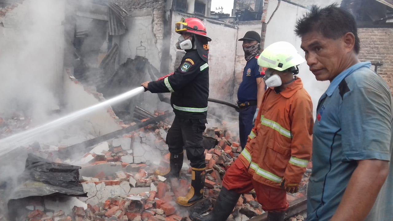 Senin Malam, 7 Rumah dan 5 Toko di Kecamatan Mandau Dilalap Si Jago Merah