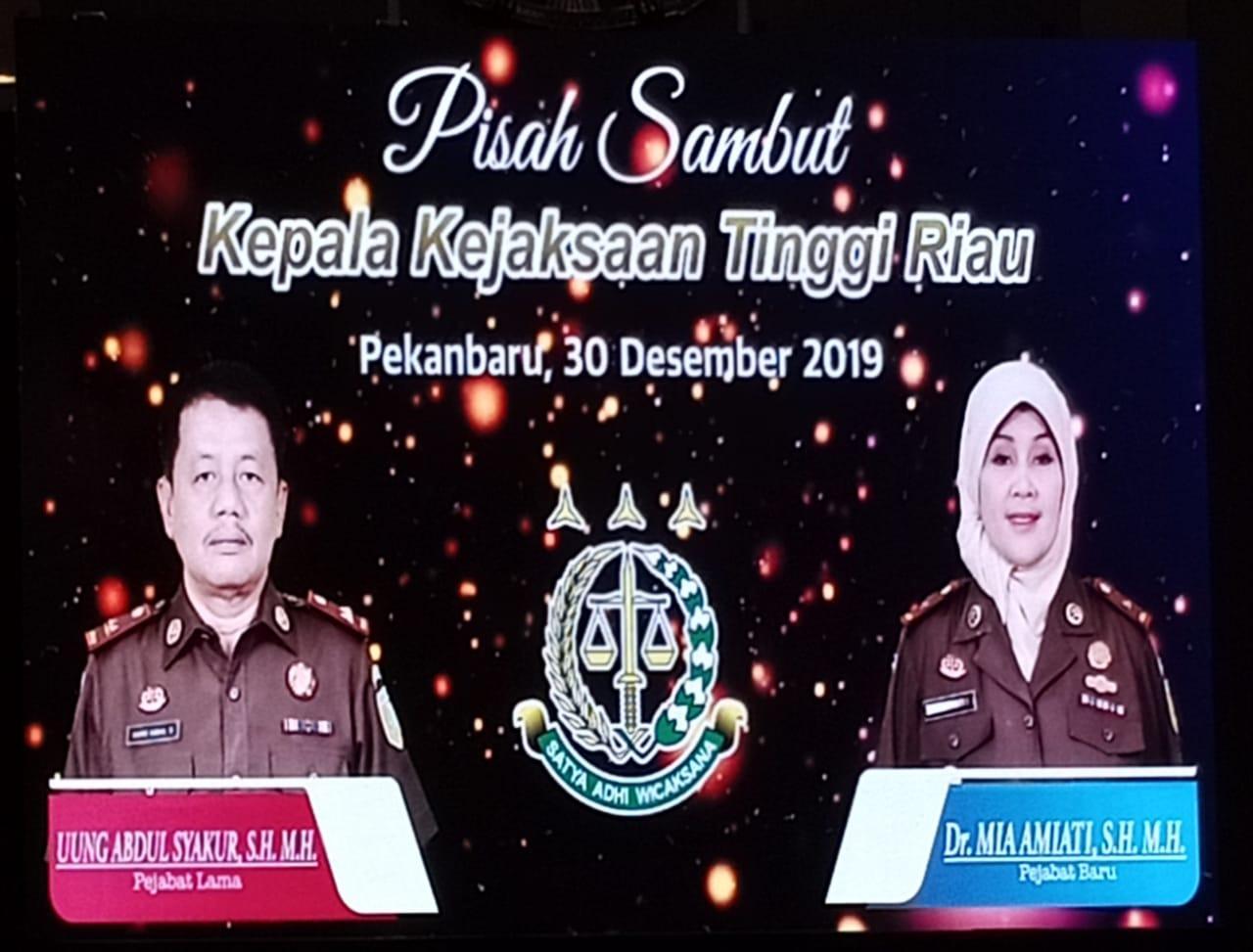 Bupati Amril Ucapkan Selamat Jalan ke Uung Abdul Syakur dan Selamat Bertugas ke Mia Amiati