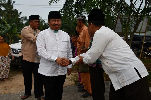 Bupati Amril Mukminin Buka Puasa Bersama Masyarakat Kecamatan Rupat