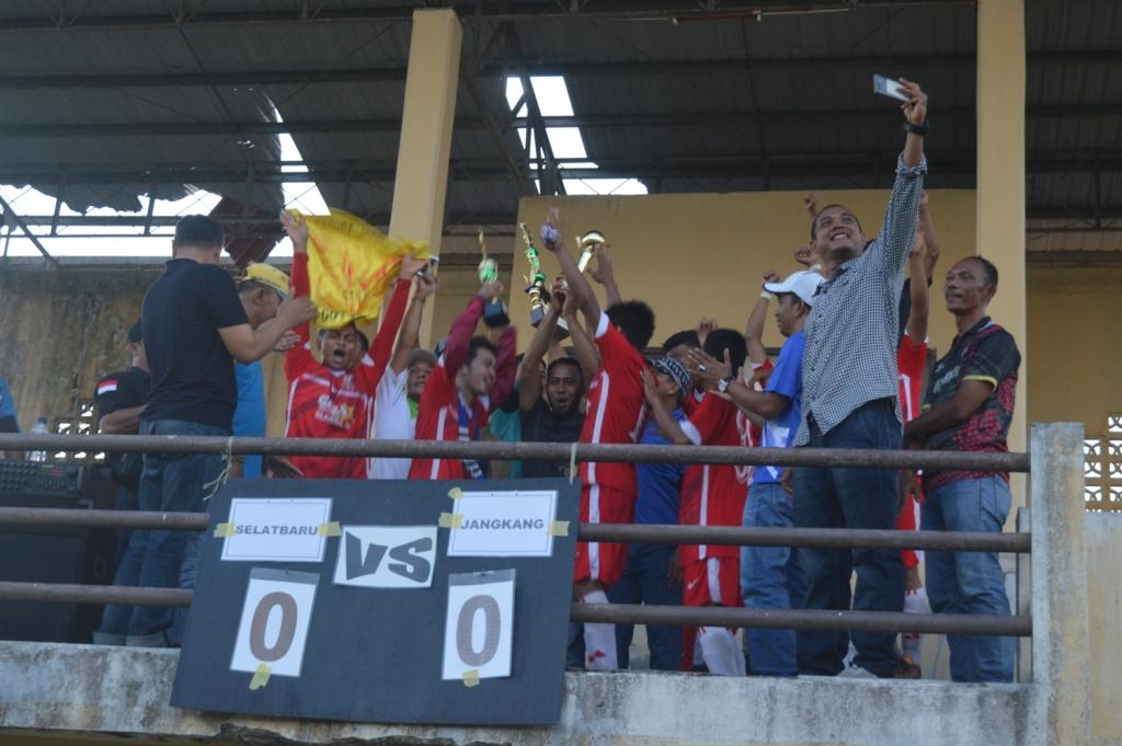 Garja Gondol Piala Kemenangan