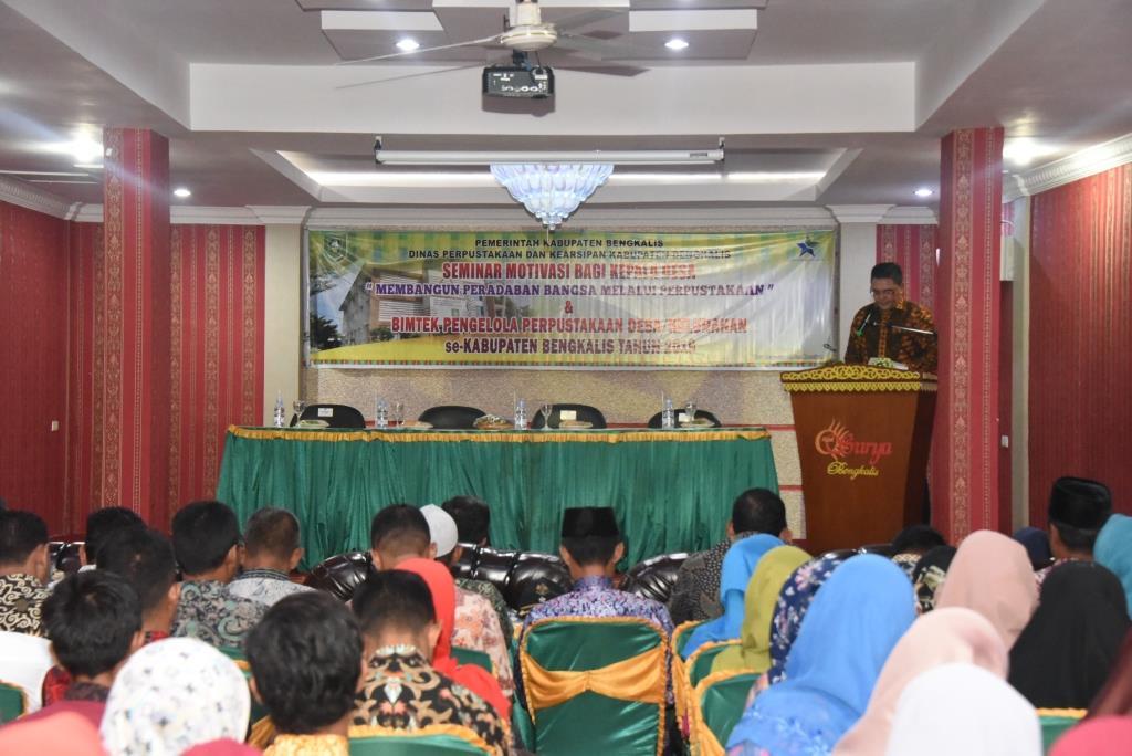 Dispersip Gelar Seminar Motivasi Kepala Desa Dan Bimtek Pengelola Perpustakaan Desa