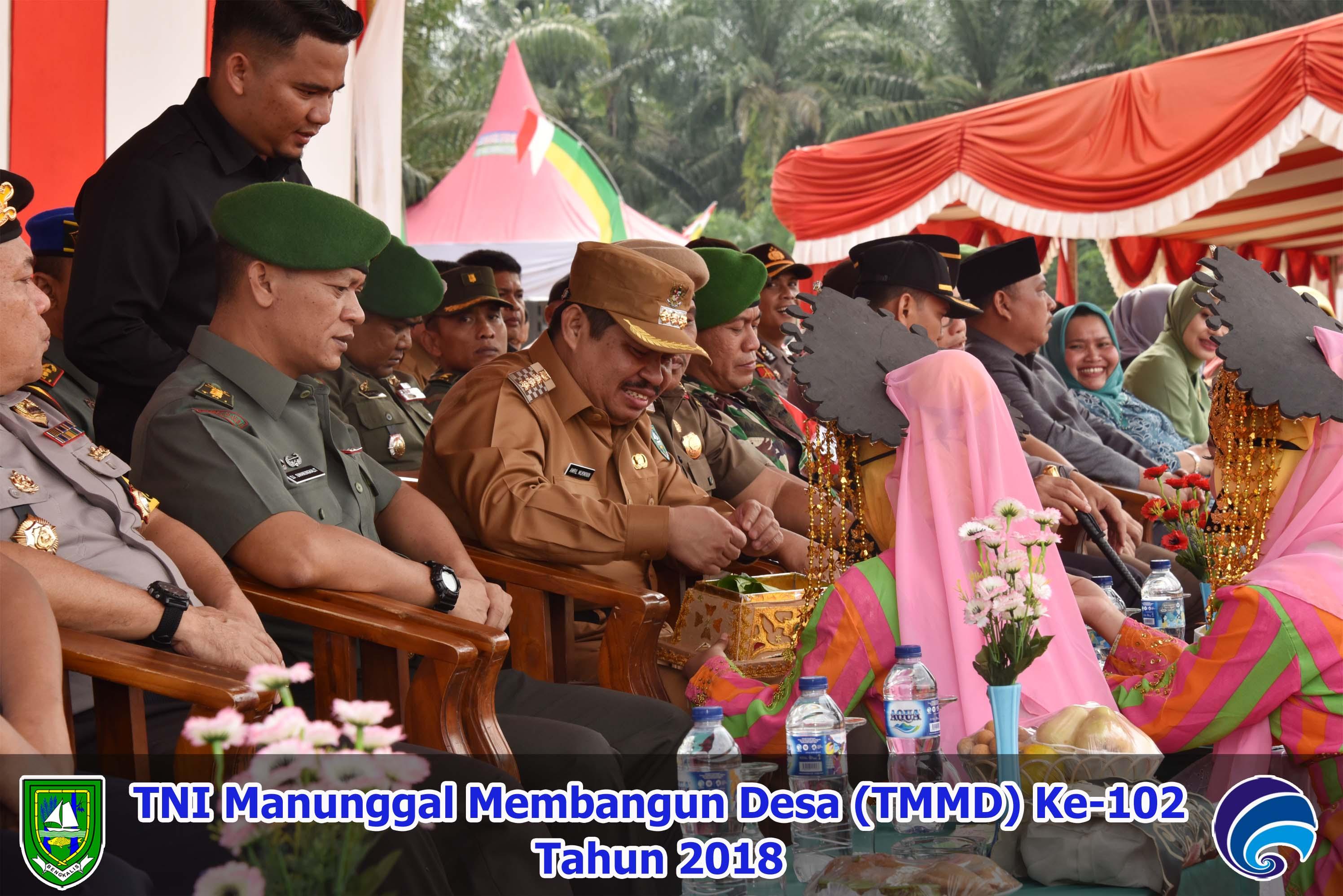 TNI Manunggal Membangun Desa (TMMD) Ke-102