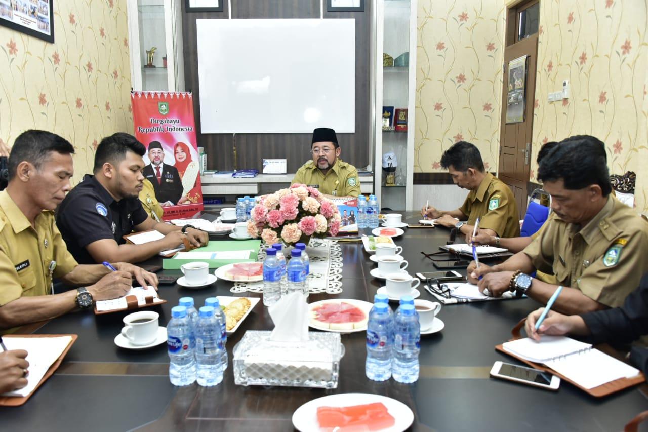 Rapat pemantapan PPID bersama Sekretaris Daerah Bengkalis Bustami