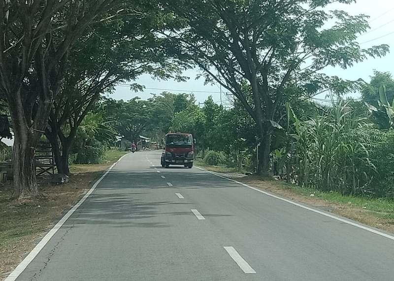 Jalan Bengkalis-Bantan sekitar pukul 14.25 WIB