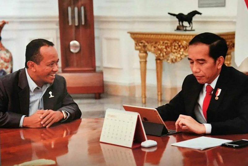 Bersama Presiden Joko Widodo (Foto: Internet)